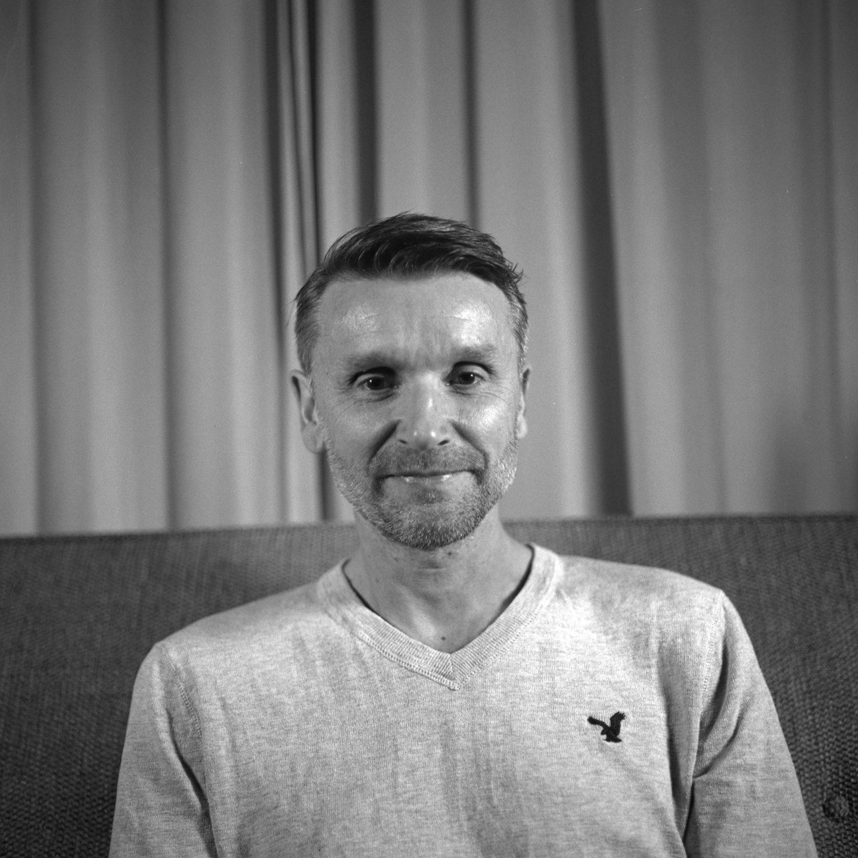 Hasselblad 500cm Ilford Delta Pro 100 Portraits