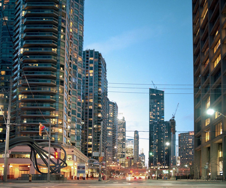 Toronto Weekend – Mamiya RZ67 Kodak Ektar 100