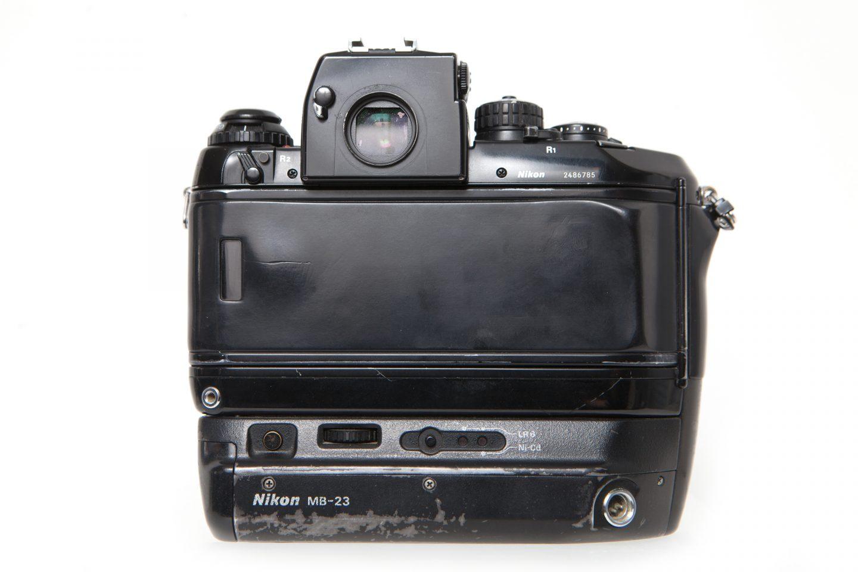 nikon-f4-35mm-slr-camera2
