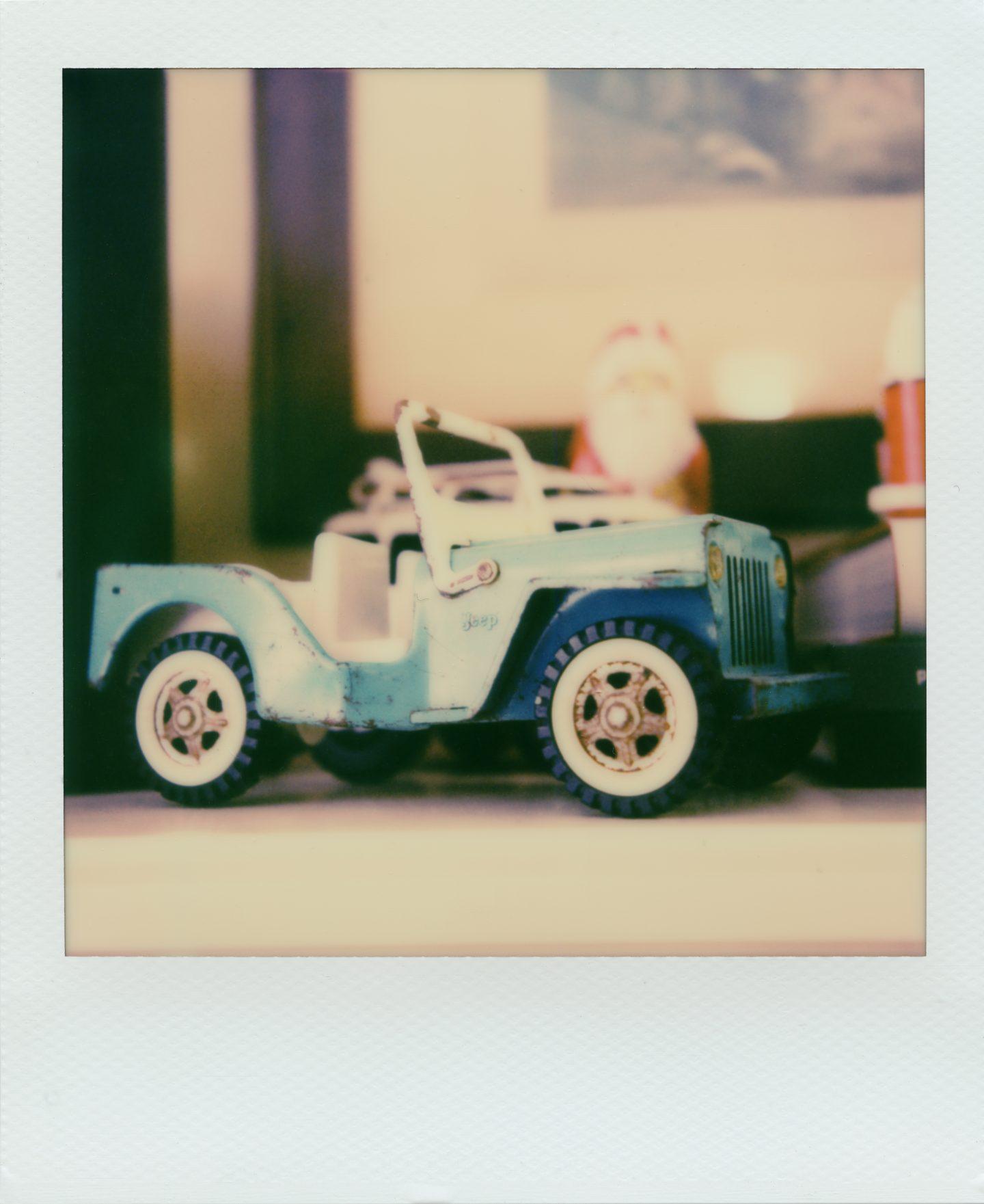 365-9 SX-70 Polaroid Instant Camera